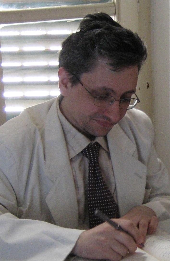 http://blogletteratura.files.wordpress.com/2012/07/emanuele-marcuccio.jpg