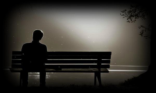 uomo nel silenzio1