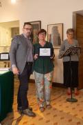 Da sx: Lorenzo Spurio (Presidente di Giuria), Franca Donà (5° premio ex-aequo) e la lettrice Tiziana Bonifazi