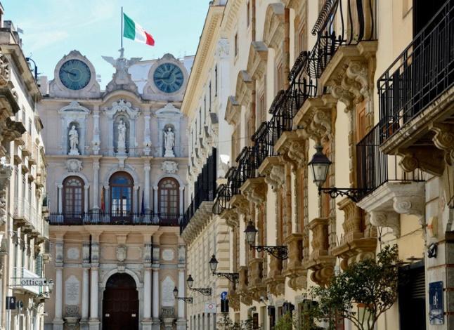 1397120943-0-tra-sale-e-palazzi-benvenuti-a-trapani.jpg